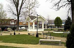 Mountain Grove town square